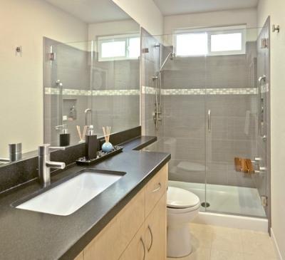 Phòng tắm kính trong suốt kết hợp trong phòng ngủ
