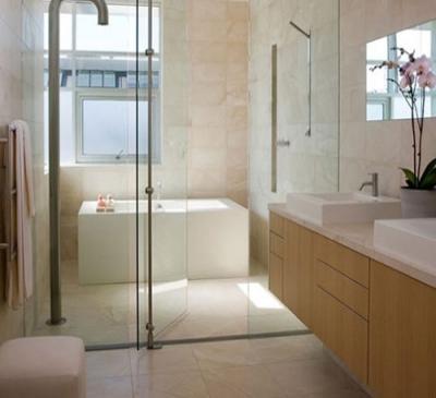 Vách kính ngăn phòng nhà tắm đứng đẹp tại TPHCM