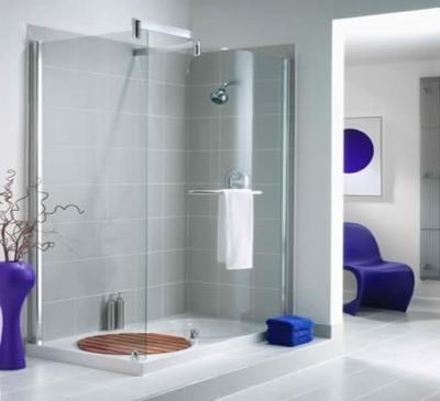 Vách kính trang trí phòng tắm