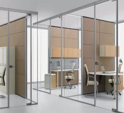 Vách ngăn văn phòng bằng kính cao cấp