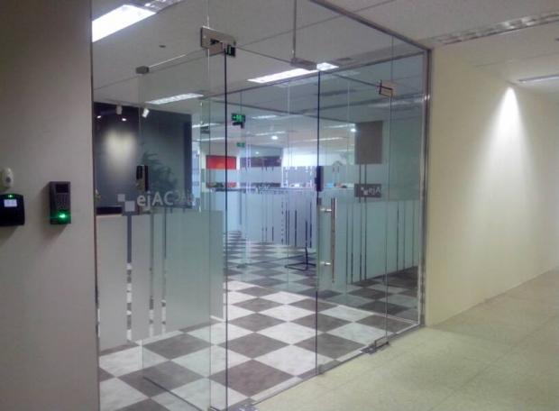 Công ty cắt kính đẹp, uy tín chất lượng nhất ở Tp. Hồ Chí Minh