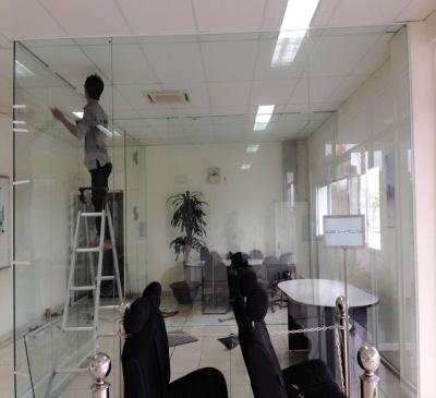 Sửa chữa vách kính văn phòng