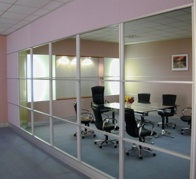 Vách kính văn phòng quận 3, quận 4, quận 5 tại TPHCM